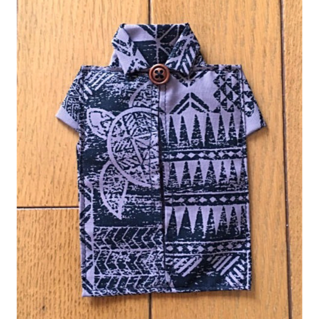 アロハシャツ型 ☆ ポケットティッシュケース ブラック ハンドメイドのファッション小物(その他)の商品写真