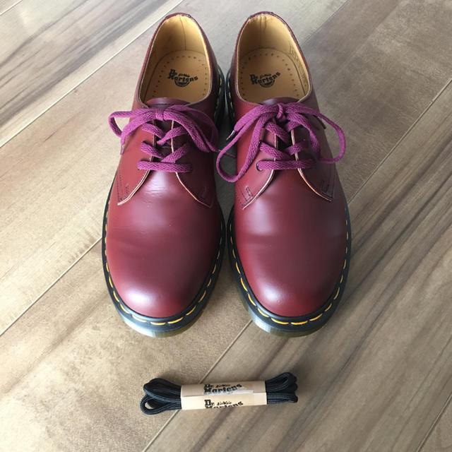 Dr.Martens(ドクターマーチン)の【新品】ドクターマーチン 3ホール チェリーレッド メンズの靴/シューズ(ドレス/ビジネス)の商品写真