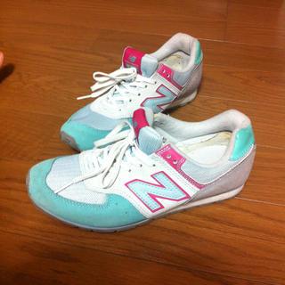 ニューバランス(New Balance)のニューバランス春色スニーカー☆コンバース(スニーカー)