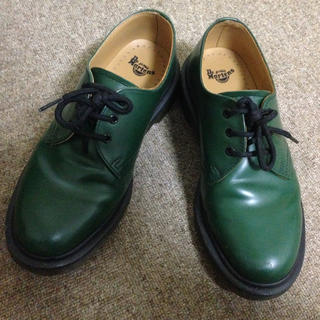 ドクターマーチン(Dr.Martens)のDr.Martens 3ホール 緑色 グリーン(ローファー/革靴)