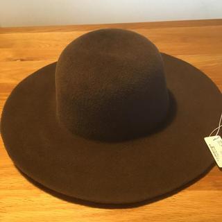トゥモローランド(TOMORROWLAND)の帽子 トゥモローランド 未使用美品(ハット)