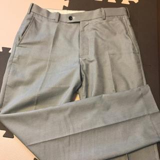 ユニクロ(UNIQLO)のUNIQLO スーツパンツ(スラックス/スーツパンツ)
