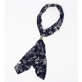ジーナシス(JEANASIS)の花柄スカーフ(バンダナ/スカーフ)