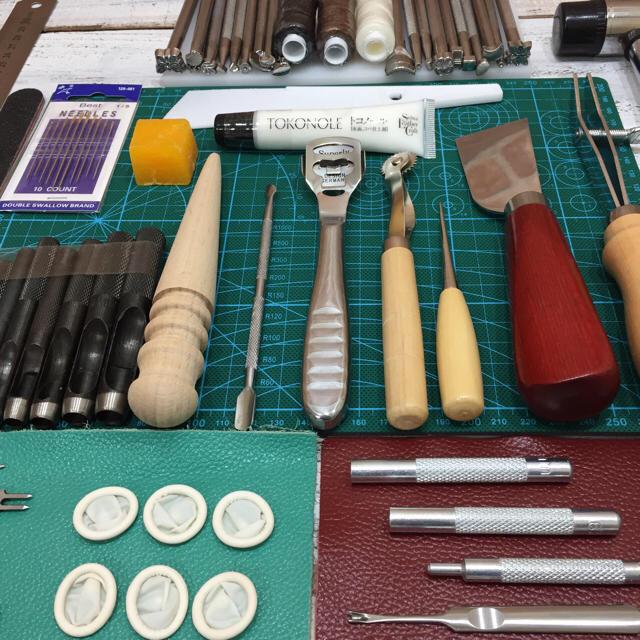 お買い得!豪華版 レザークラフト 道具工具 30種類 計100点セット グリーン ハンドメイドのハンドメイド その他(その他)の商品写真