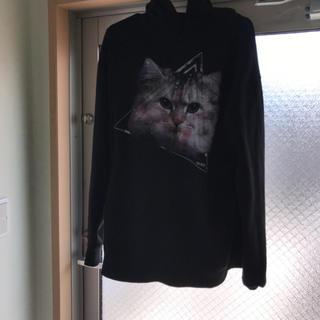 ミルクボーイ(MILKBOY)の即購入OK マホト着用THE TESTの猫パーカーになります色はブラック(パーカー)