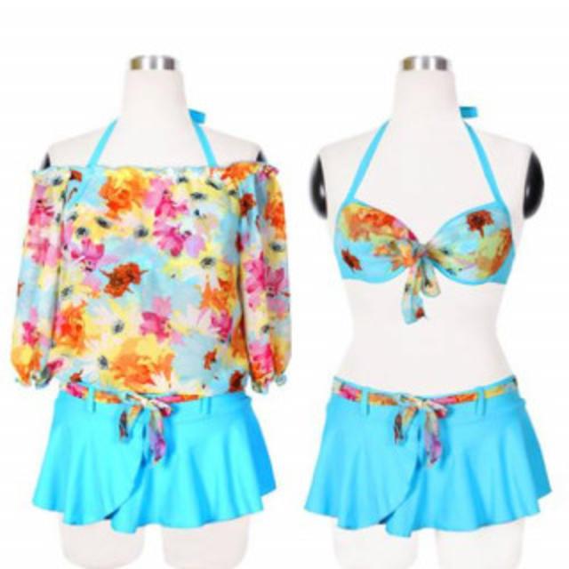 花柄 セパレート 体型カバー スカート水着 ビキニ ブルー M レディースの水着/浴衣(水着)の商品写真