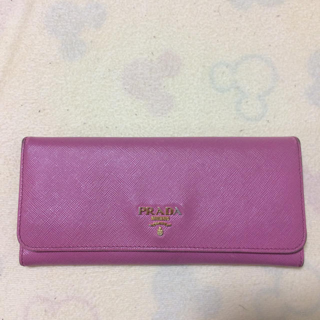 PRADA(プラダ)のプラダ財布 レディースのファッション小物(財布)の商品写真