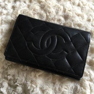 CHANEL(シャネル)のCHANEL マトラッセ 二つ折り財布 レディースのファッション小物(財布)の商品写真