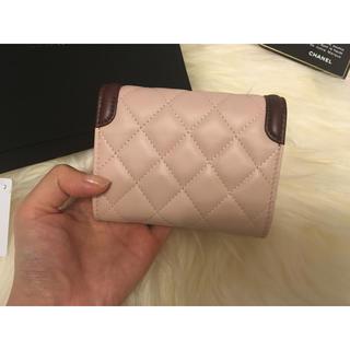 CHANEL(シャネル)のChanel 16クルーズお財布 レディースのファッション小物(財布)の商品写真