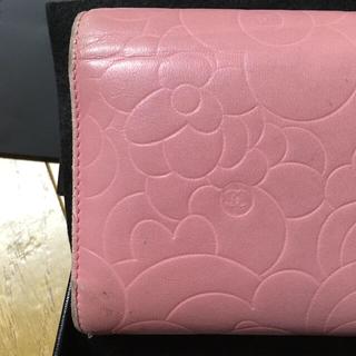 CHANEL(シャネル)のシャネル カメリア 財布 レディースのファッション小物(財布)の商品写真