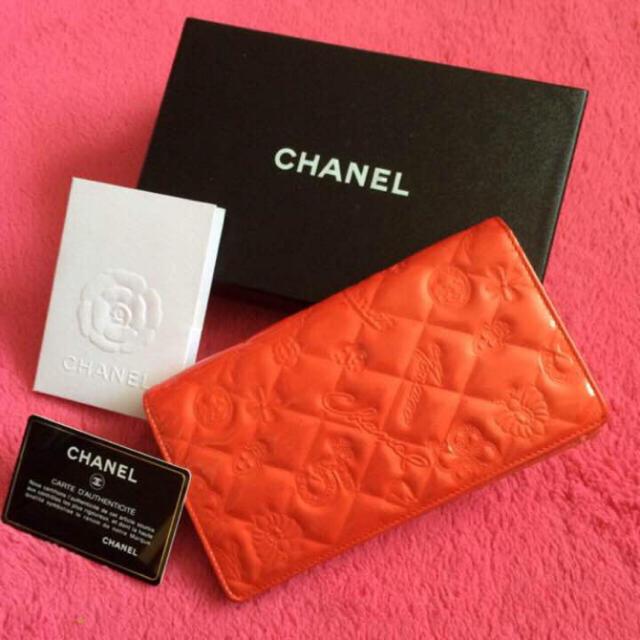 CHANEL(シャネル)の♡本物CHANEL♡シャネルアイコンエナメル長財布 レディースのファッション小物(財布)の商品写真