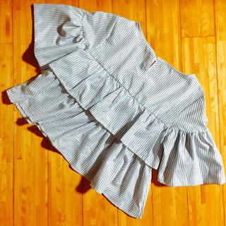 メルロー(merlot)の*新品*merlot ブラウス(シャツ/ブラウス(半袖/袖なし))