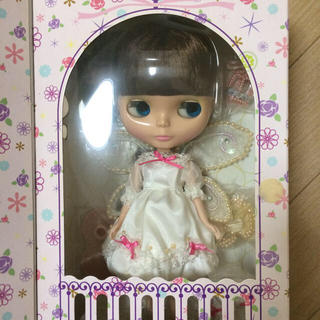 バンダイ(BANDAI)のホワイトマジック ナイト 新品 未開封 ブライス OF 本体 プチ ミディ(人形)
