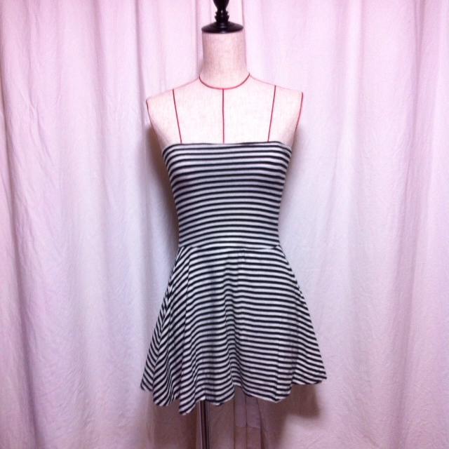 LOWRYS FARM(ローリーズファーム)の送料込☆2WAYボーダースカート☆ レディースのスカート(ミニスカート)の商品写真