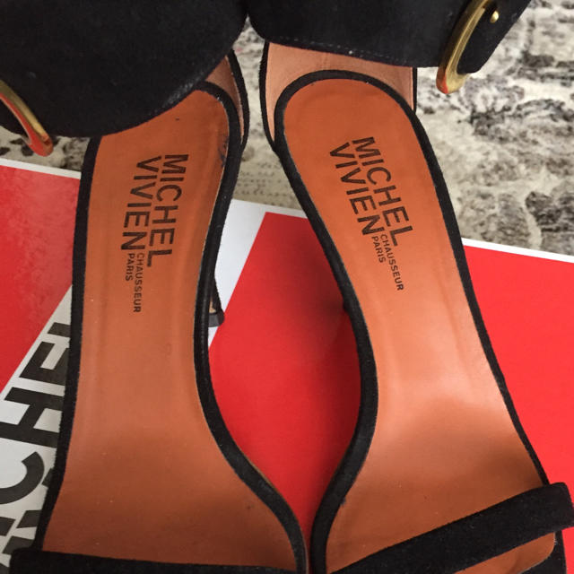 DEUXIEME CLASSE(ドゥーズィエムクラス)のシマ様専用Michel Vivien サンダル黒 ドゥーズィエムクラス 36.5 レディースの靴/シューズ(サンダル)の商品写真
