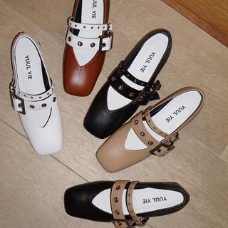 YUUL YIE ホワイト(ローファー/革靴)