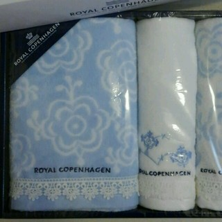 ロイヤルコペンハーゲン(ROYAL COPENHAGEN)のロイヤルコペンハーゲン新品バスタオル(タオル/バス用品)