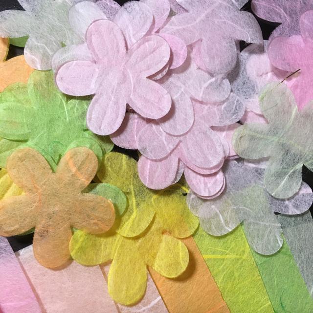 透かし和紙5種類 クラフトペーパー ハンドメイドの素材/材料(型紙/パターン)の商品写真