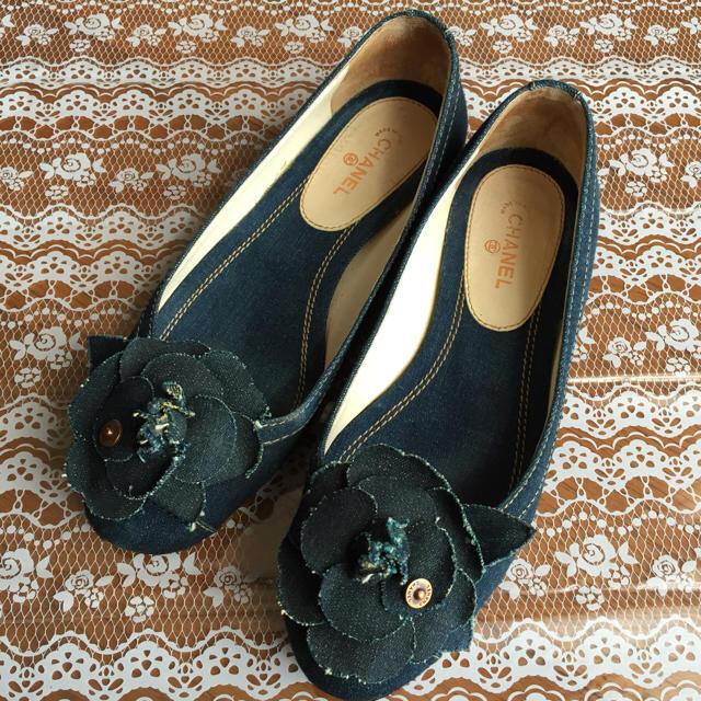 04e3173f9275 CHANEL(シャネル)のシャネル フラットシューズ ☆ デニム カメリア レディースの靴/シューズ