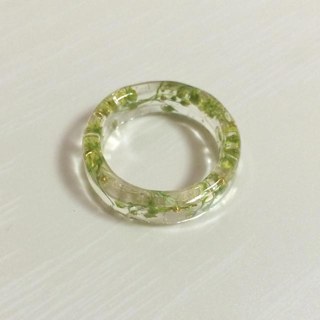グリーンのお花のつぼみリング☆ ハンドメイドのアクセサリー(リング)の商品写真