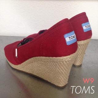 トムズ(TOMS)の美品  toms  ウエッジ サンダル 大きいサイズ W9 26cm(サンダル)