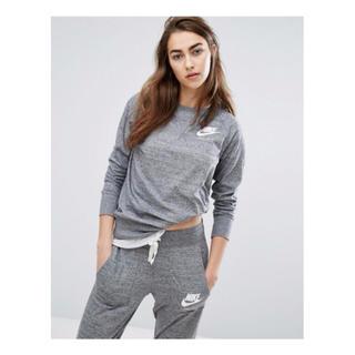 ナイキ(NIKE)のNIKE sweat shirts スウェットシャツ/パンツ 新品・限定(パーカー)