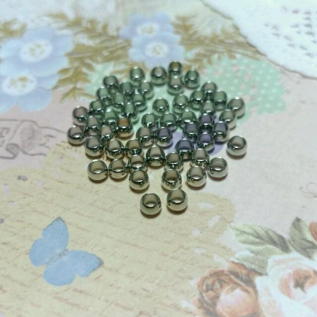 4㎜ つぶし玉 シルバー 50こ ハンドメイドの素材/材料(各種パーツ)の商品写真