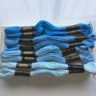 オリンパス(OLYMPUS)のうに様専用 【アウトレット特価】 オリムパス25番刺繍糸 青、桃色系13本セット(生地/糸)