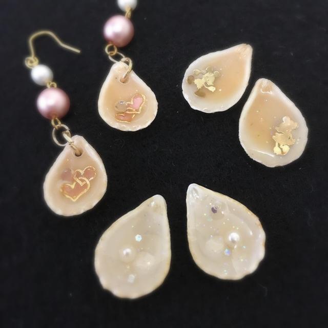 天然貝のピアス ハンドメイドのアクセサリー(ピアス)の商品写真