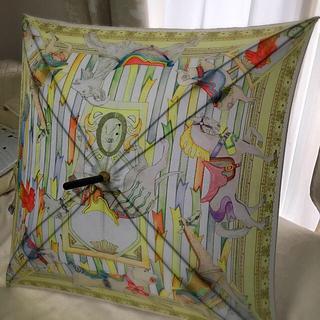 アパルトモンドゥーズィエムクラス(L'Appartement DEUXIEME CLASSE)の美品☆  swash london  スウォッシュ ロンドン 傘(傘)