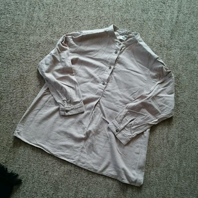 UNIQLO(ユニクロ)のUNIQLO  くすんだピンクのシャツ レディースのトップス(シャツ/ブラウス(長袖/七分))の商品写真