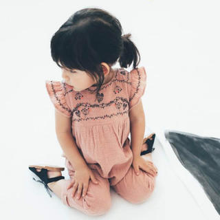 ザラキッズ(ZARA KIDS)のzarababy♡zarakids♡刺繍♡肩フリル♡サロペット(ワンピース)
