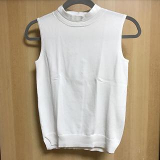 ジーユー(GU)のノースリーブニット(カットソー(半袖/袖なし))