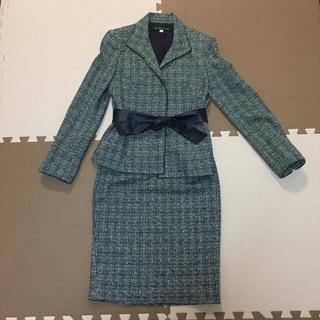 ミッシェルクラン(MICHEL KLEIN)のMICHAEL KLEIN ツイード スーツ リボン ベルト付き 大人キレイ(スーツ)