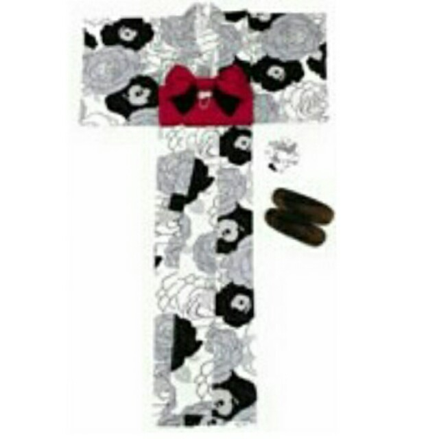 GRL(グレイル)のGRL 白牡丹浴衣 レディースの水着/浴衣(浴衣)の商品写真