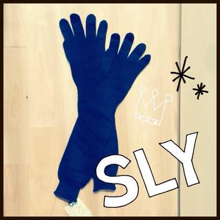 スライ(SLY)の【新品タグ付】SLYロンググローブ 込(手袋)