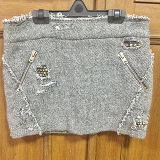 イロ(IRO)の定価3万円 IRO イロ スタッズ付 ダメージ スカート グレー サイズ0 (ミニスカート)