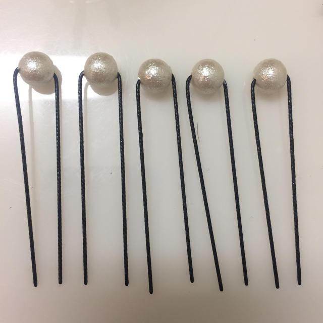 翌日発送【新品】コットンパールピン10本セット レディースのヘアアクセサリー(ヘアピン)の商品写真