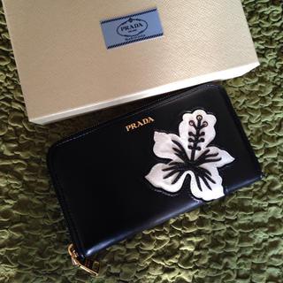 プラダ(PRADA)の新品 PRADA 大花柄 ラウンドファスナー 長財布 ブラック フラ ハワイ (財布)
