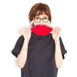 ゾフ(Zoff)のhiinut様専用 Zoff×田中里奈 コラボ リップ型 メガネケース(ポーチ)