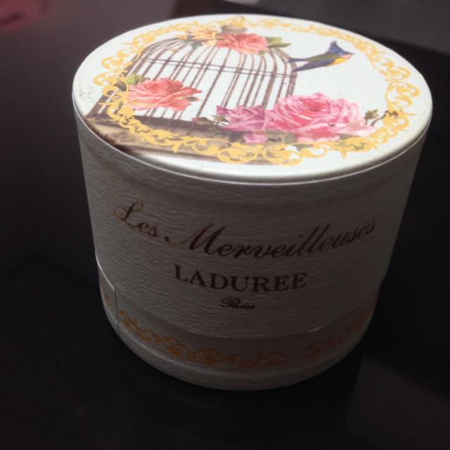 LADUREE(ラデュレ)のLADUREE☆ローズチーク コスメ/美容のベースメイク/化粧品(その他)の商品写真