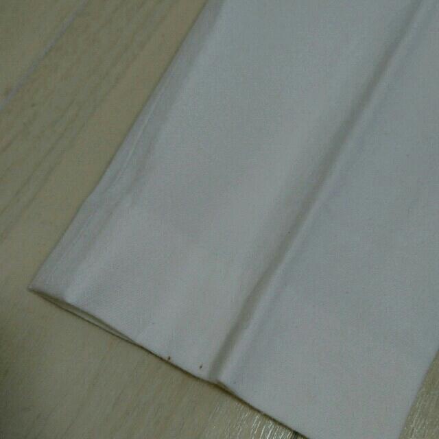 theory(セオリー)のtheory サブリナパンツ 白 レディースのパンツ(クロップドパンツ)の商品写真