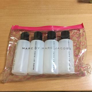 マークバイマークジェイコブス(MARC BY MARC JACOBS)のマークバイの空ボトル4本とポーチ☆(その他)