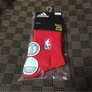 アディダス(adidas)のNBA ロゴソックス(バスケットボール)