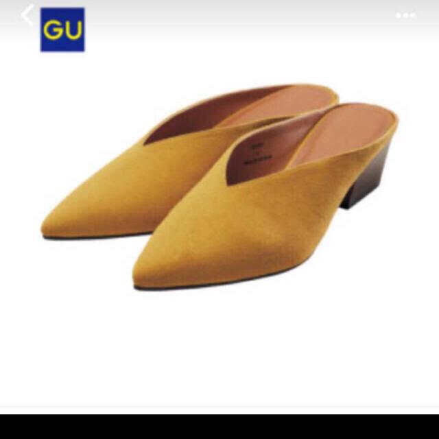 GU(ジーユー)のGU Vカットミュール Sサイズ レディースの靴/シューズ(ミュール)の商品写真