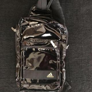 アディダス(adidas)のadidas カバン(ショルダーバッグ)