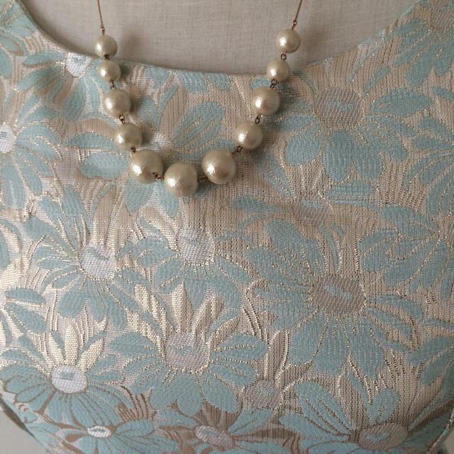 水色×ホワイトゴールド♡ビジューつき♡花柄刺繍♡パーティードレス レディースのフォーマル/ドレス(ミディアムドレス)の商品写真