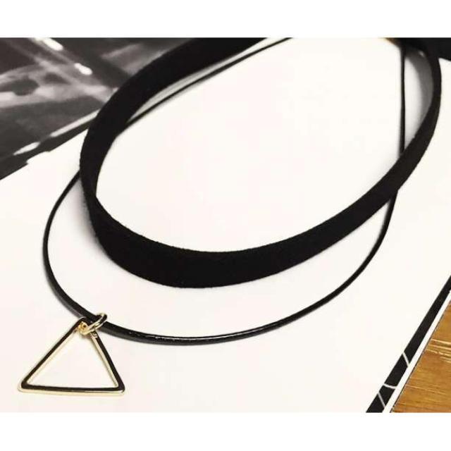 翌日発送【新品】シルバー トライアングル ベロア2レーン チョーカー ネックレス レディースのアクセサリー(ネックレス)の商品写真