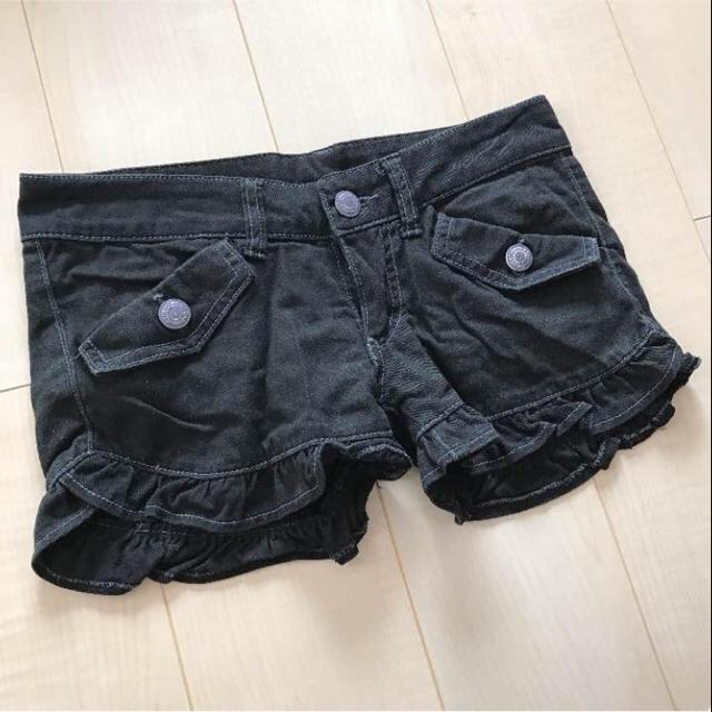 ブラックデニムフリルショートパンツ♡ レディースのパンツ(ショートパンツ)の商品写真