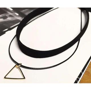 翌日発送【新品】シルバー トライアングル 2レーンチョーカー レディースのアクセサリー(ネックレス)の商品写真